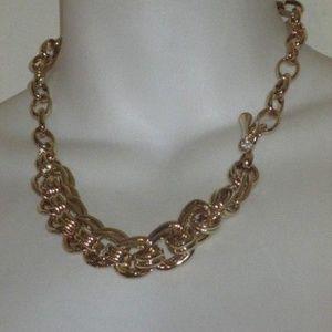 Banana Republic Glamour Gold Toggle Necklace NWT